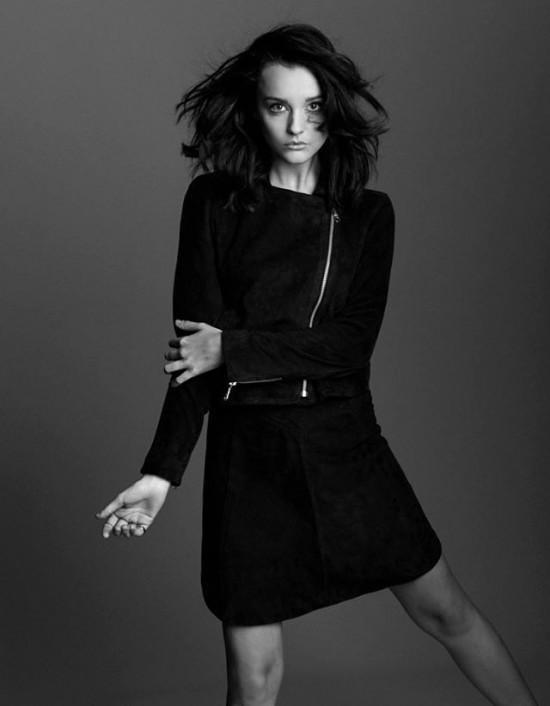 Eliza Ward fashion black white legs
