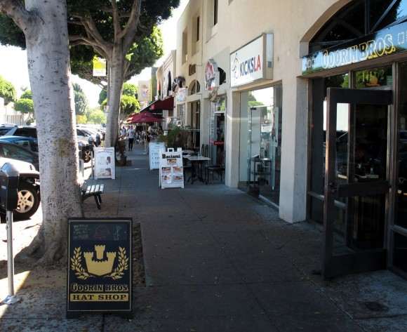 Larchmont Village shops