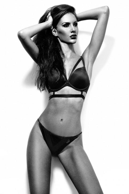 Ivana Vuknic bikini