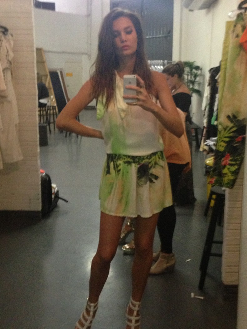 Julia Pereira behind the scenes 16