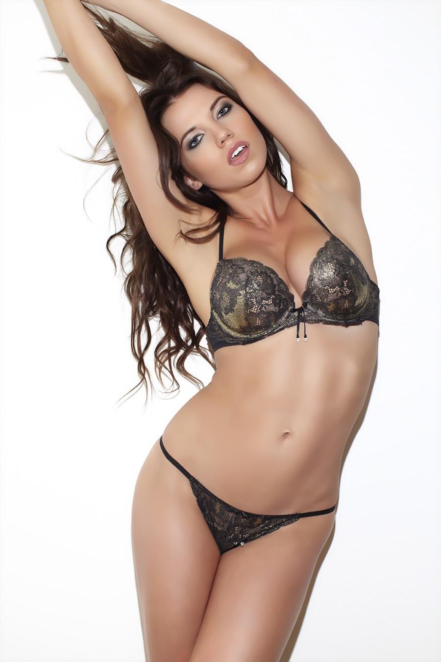 Melanie Ribbe 7