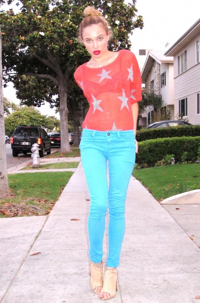 Natalie Gal street scene Natasha Galkina model