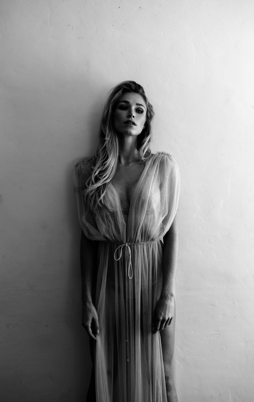 model beauty Alyssa Smith Neave Bozorgi
