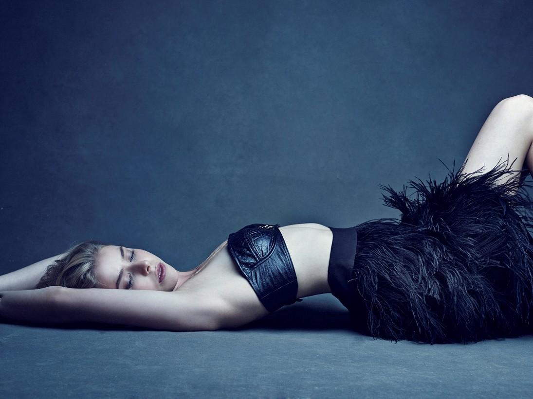 AMANDA GRIFFITH fashion edit 2