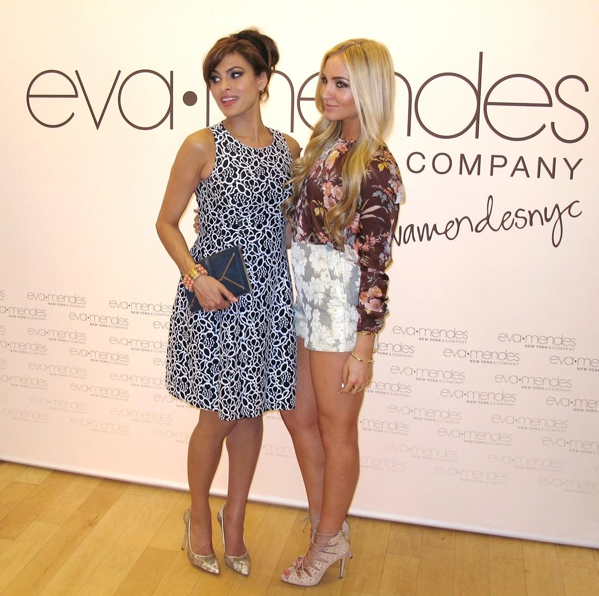 Eva Mendes_EVA MENDES FOR NEW YORK & COMPANY POP UP SHOP
