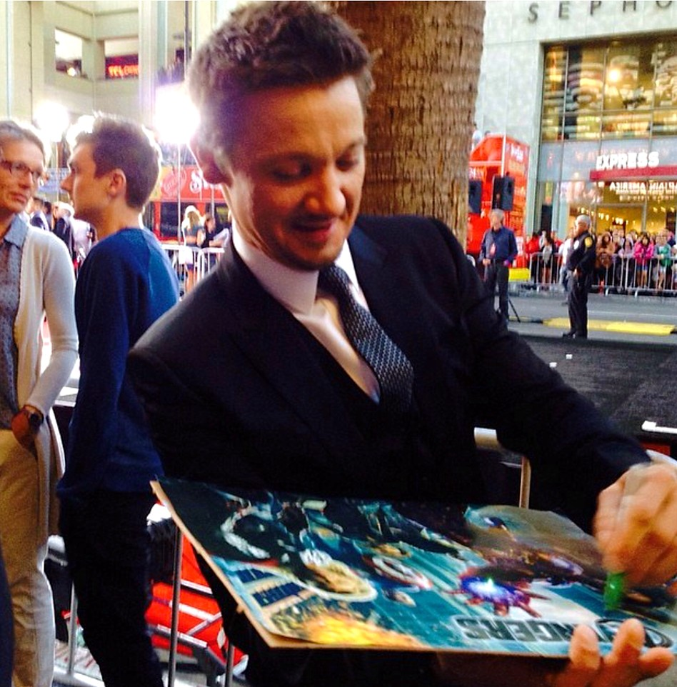 Jeremy Renner + Captain America + Premiere + red carpet