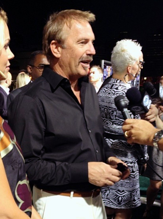 Draft Day movie Kevin Costner Premiere carpet
