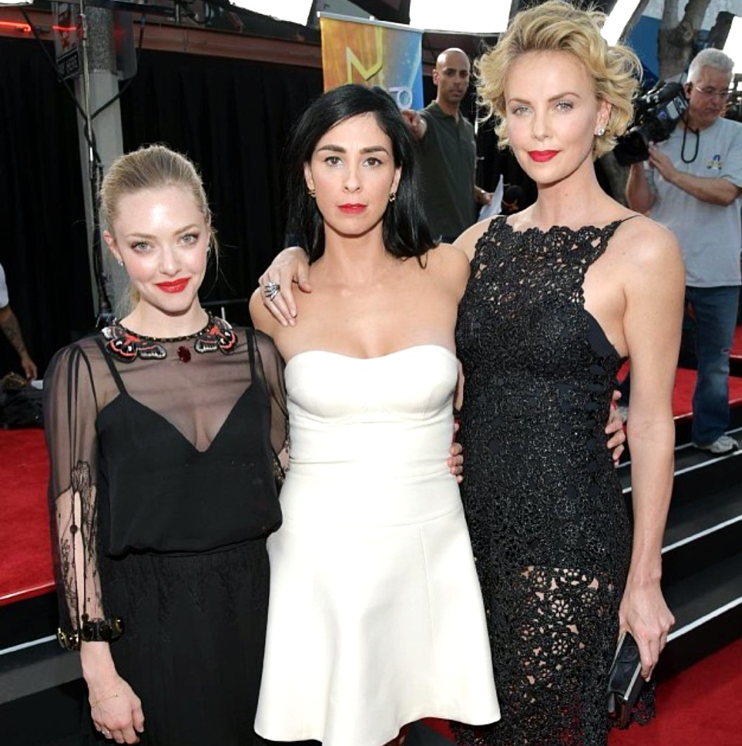 A Million Ways to die in the West Amanda Seyfried Sarah Silverman Charlize Theron