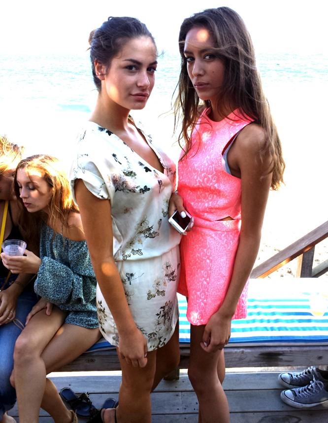 Paris-Hilton-Beach-Party-BBQ-model