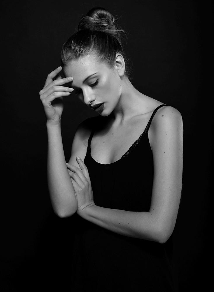 Raluca-Mos-portrait