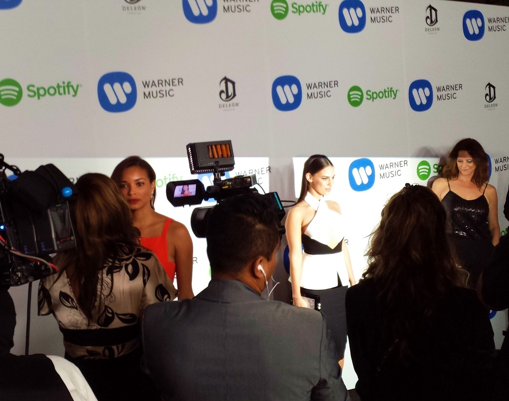 Warner Music Group Grammy party, Jessica Lowndes