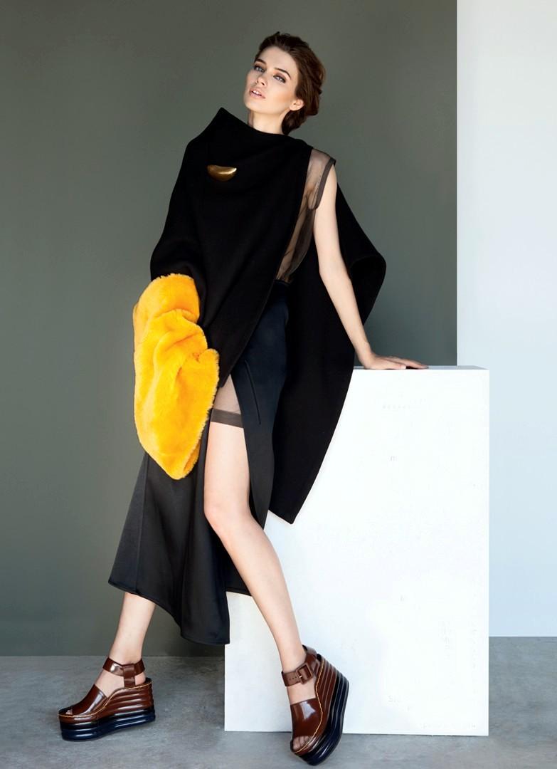 Iulia Cirstea, fashion model 2