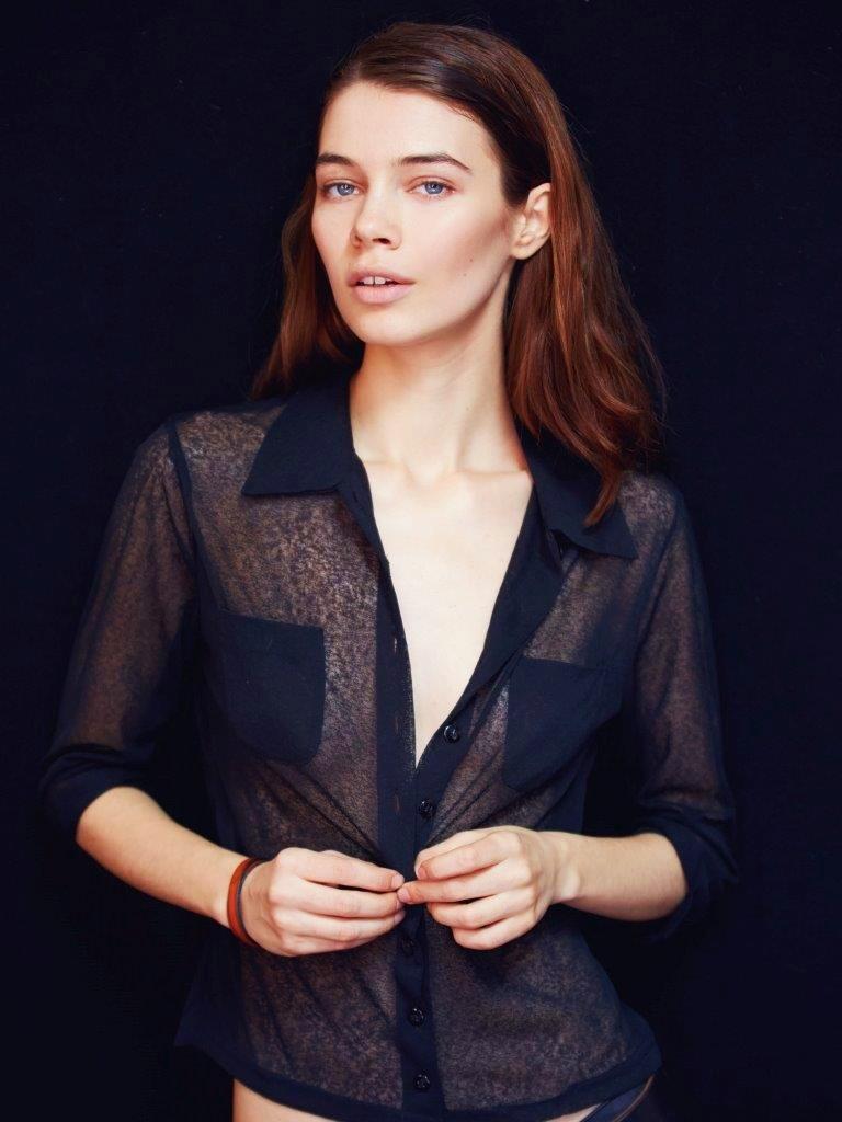 Iulia Cirstea, fashion shirt