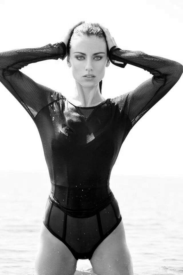 Joanna Prus, sexy, swim
