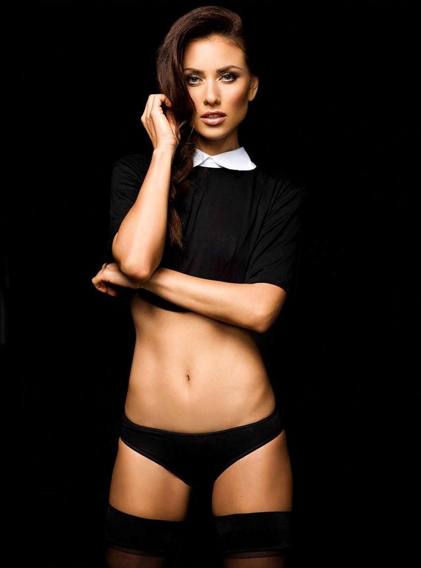 Joanna Prus stunning