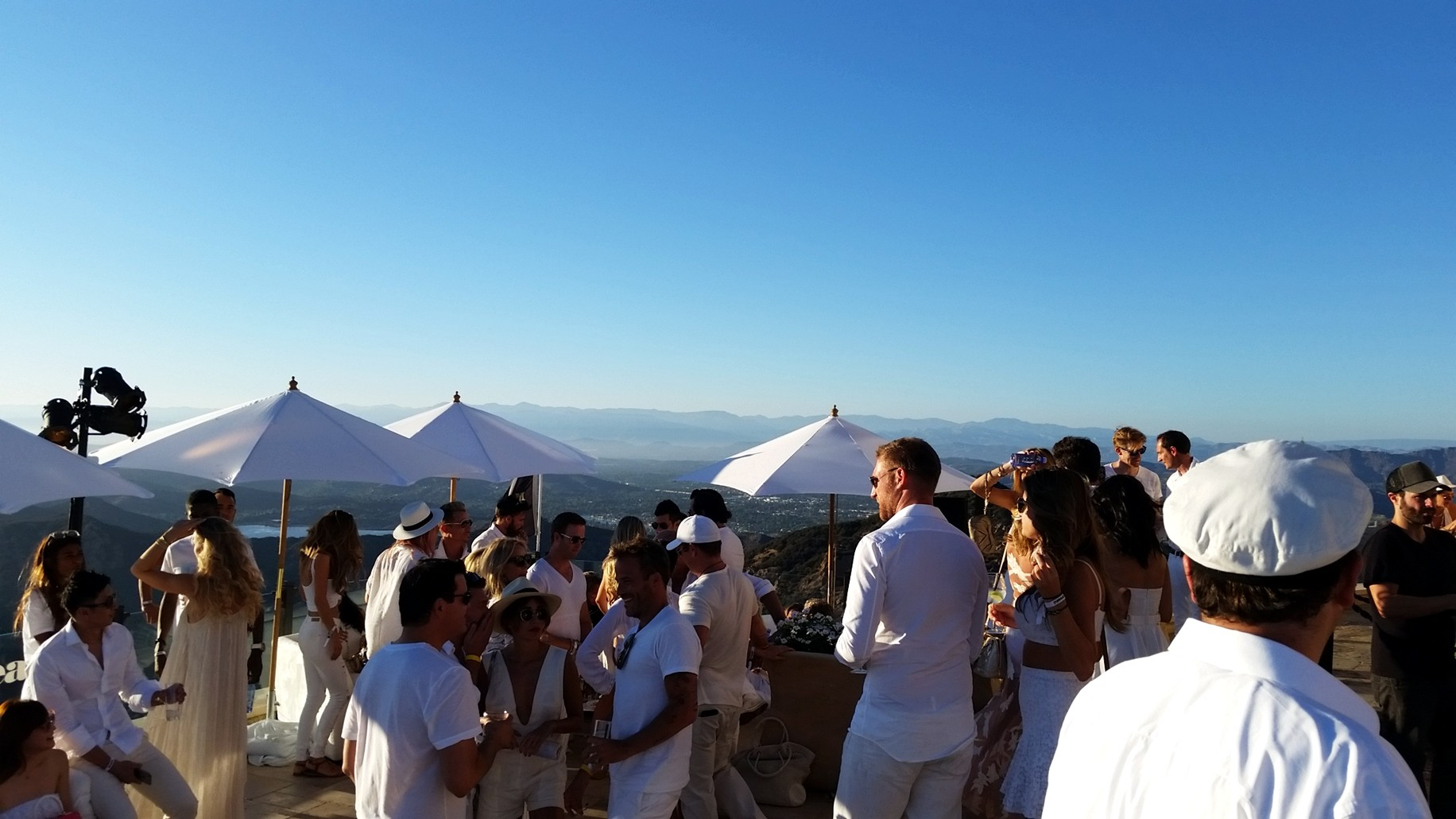 Treats White party, Malibu