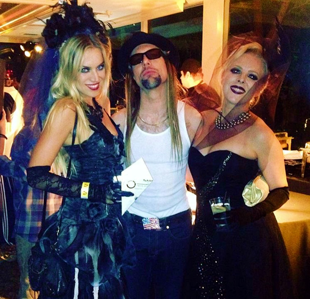 Maroon 5, Halloween Party, Los Angeles, Mickey Madden