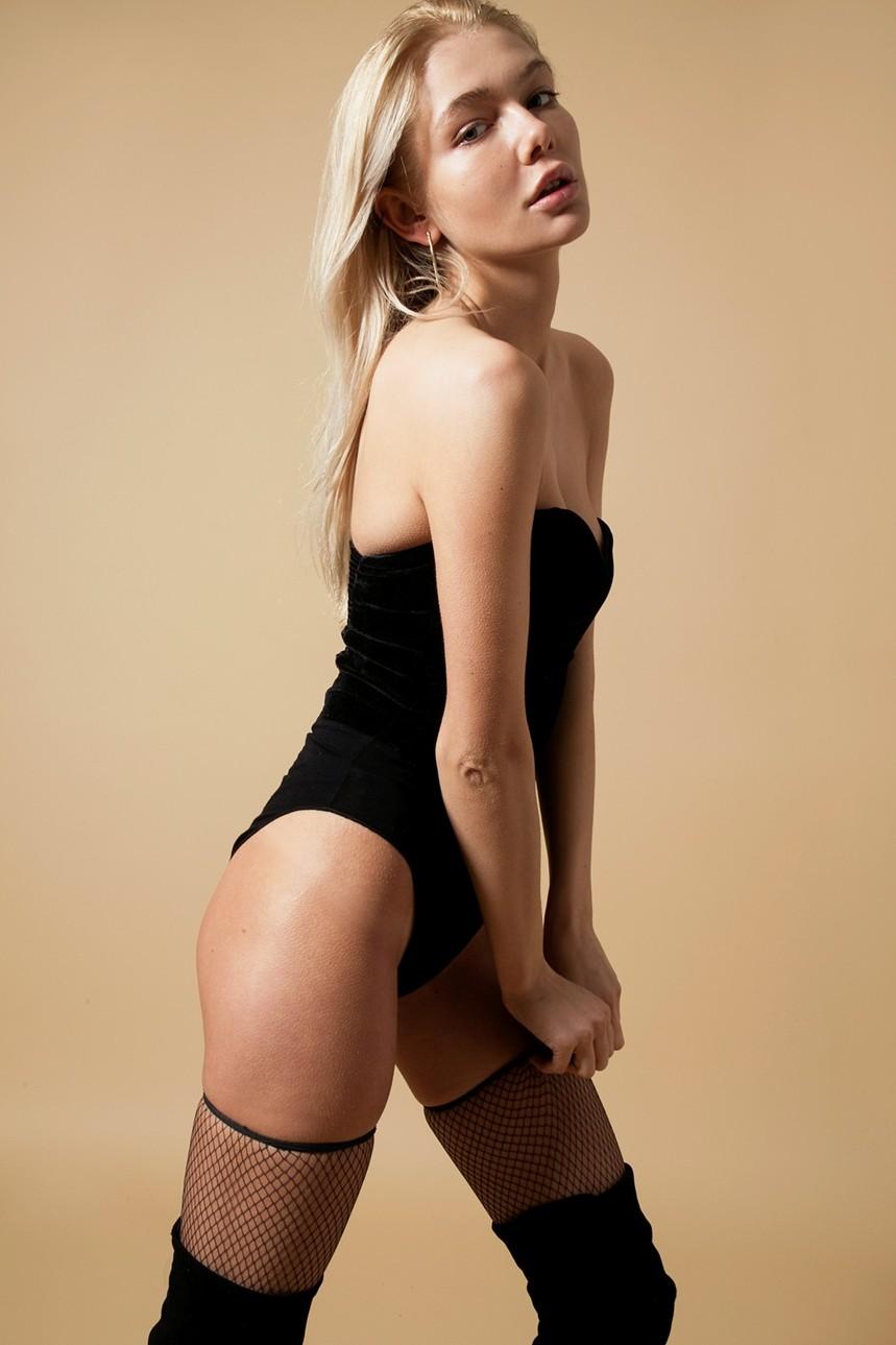 Anastasia Belotskaya lingerie body 2