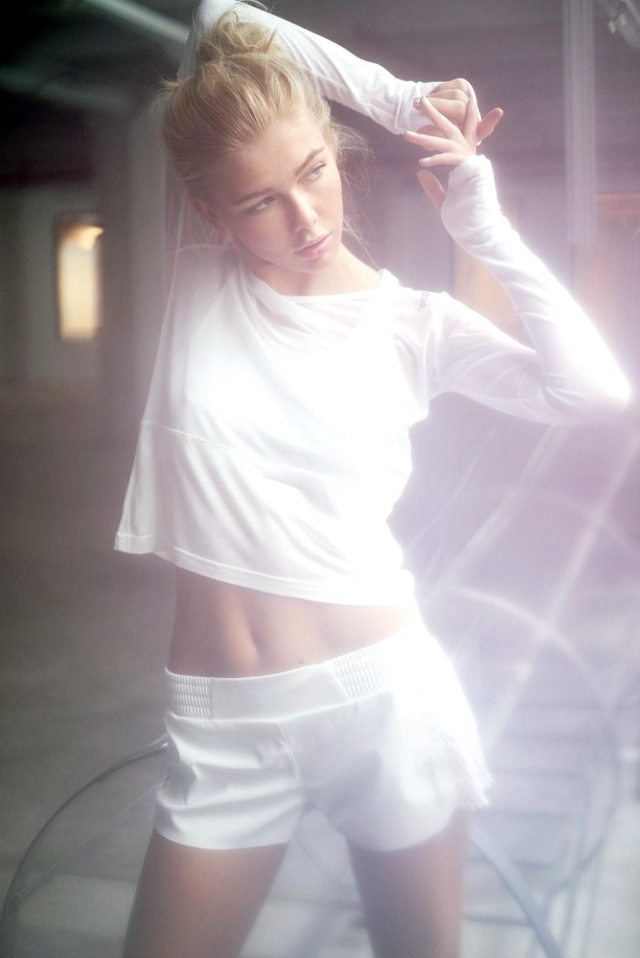 Anastasia Belotskaya white 3