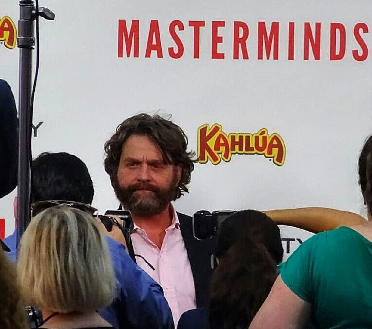 masterminds-movie-premiere-zach-galifianakis